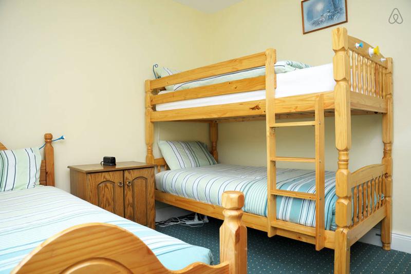 Dunloe View Hostel - Triple Room
